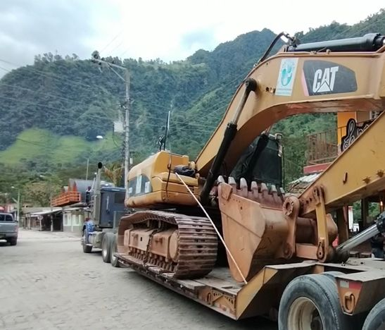 Maquinaria ayudará a habilitar vías de acceso en el corregimiento de Villa Restrepo