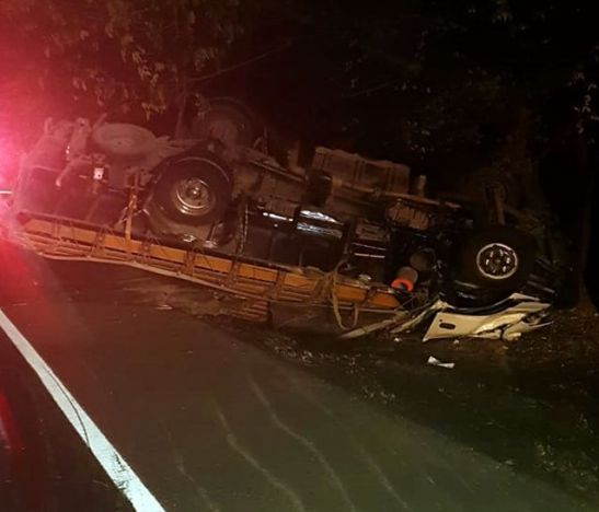 Conductor falleció tras colisión entre tractocamión y camión en la variante de Flandes - Tolima