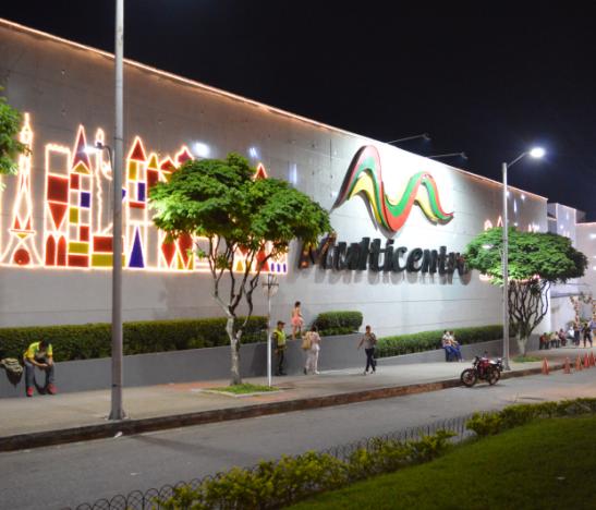 Fachada Centro Comercial Multicentro