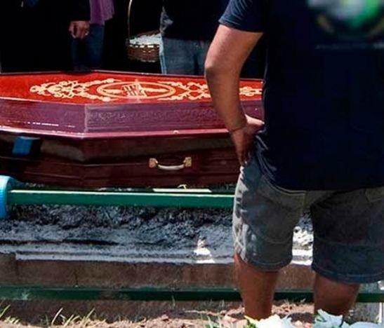 Mujer fue enterrada viva en Brasil y murió intentando salir de su tumba