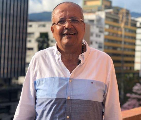 """""""Mucha gente que habla, lanza cosas y ni siquiera saben el significado de esas palabras porque la ignorancia no los deja ver la verdad de lo que dicen"""": Óscar Barreto"""