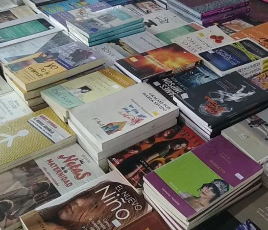 ¡A incentivar la lectura! Outlet ofrece libros desde cinco mil pesos