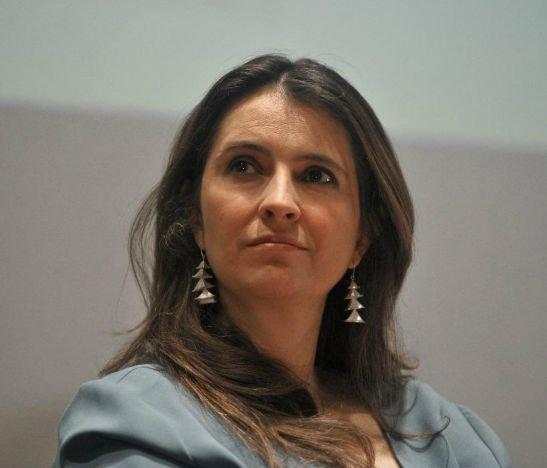 """""""Estamos acatando un fallo que lo tiene detenido y nos parece abiertamente politizado"""": Paloma Valencia"""