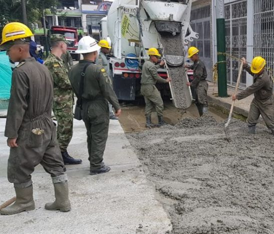 Ingenieros Militares avanzan en la terminación de obras para mejorar calidad de vida de los ibaguereños