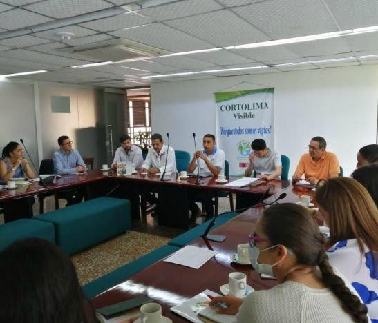 Cortolima se reunió con propietarios de predios incluidos en el área que se quiere declarar área protegida en el Bosque de Galilea
