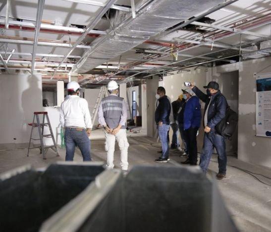 Gobernador del Tolima inspeccionó las obras de la nueva unidad UCI en el Hospital del Líbano