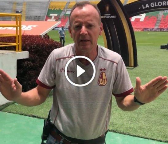 En video: Bochornoso escándalo entre Robert Bernoske y el jefe de prensa del Deportes Tolima
