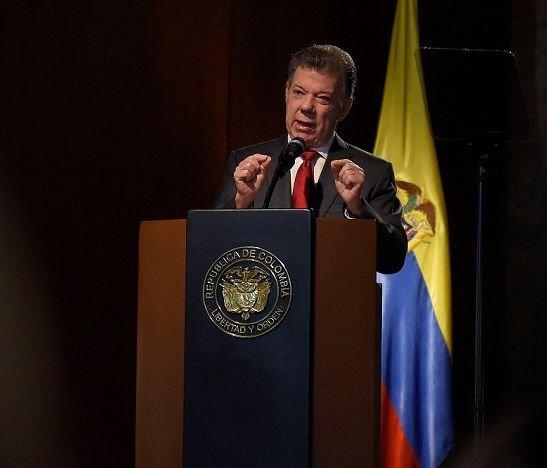 """Están dadas las máximas garantías para salir a votar"": Juan Manuel Santos"