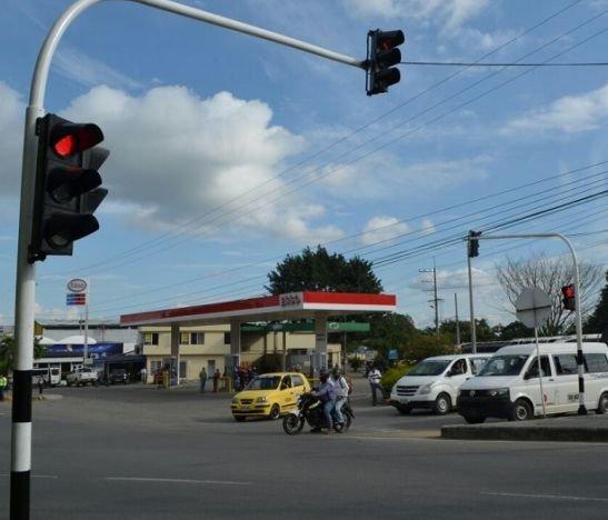 Siguen los problemas en la red semafórica de Ibagué
