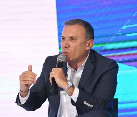 """""""Voy a congelar el impuesto predial en las ciudades capitales, incluida Ibagué"""": Roy Barreras"""