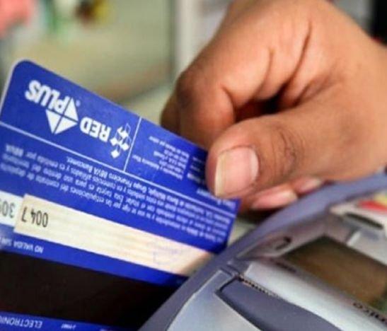 Ojo con la información que entrega por teléfono pues puede terminar pagando deudas que no suyas