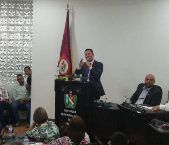 Alexander Tovar dejó al Partido Liberal por el 'barretismo'
