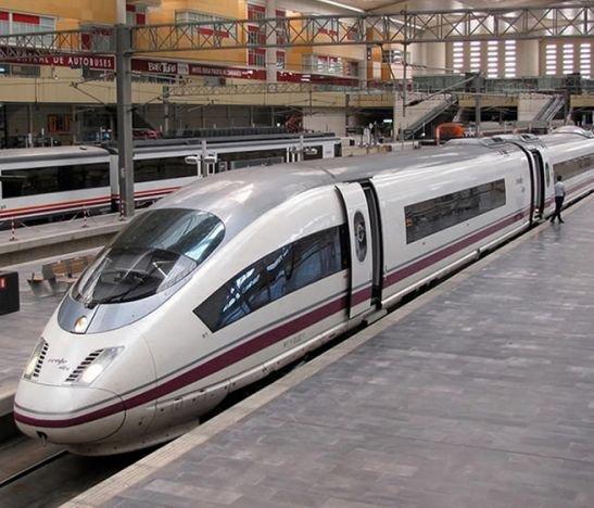¿Cuáles son las ventajas de comprar billetes de tren en modelos AVE?