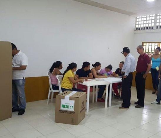 11 computadores y 22 camisetas incautadas fue el balance entregado por las autoridades en las elecciones atípicas de Purificación