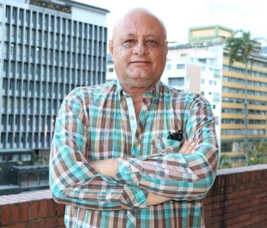 HD--abogado Hernando Álvarez Urueña-- Golpes