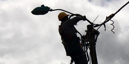 Denuncie las conexiones ilegales al servicio de energía eléctrica