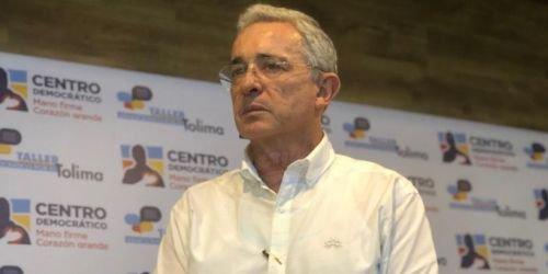 Alvaro Uribe Senador y Expresidente
