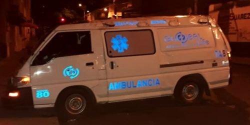 Ambulancia accidente 21 con 6