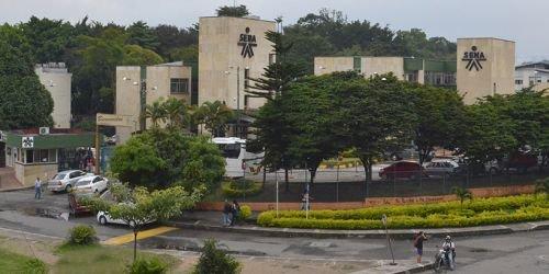 Fachada SENA - Centro de Comercio y Servicios Regional Tolima