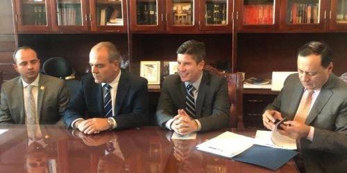 hD- Ricardo Ferro, represente a la Cámara Juan Espinal y el senador Carlos Felipe Mejía 10-diciembre