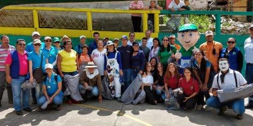 Voluntarios de la comunidad