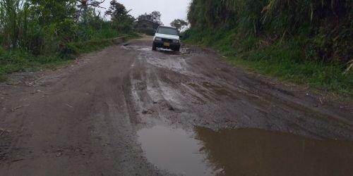 Vía San Bernardo-Ibagué