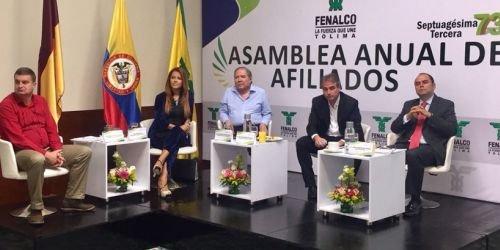 Golpes 9 de mayo asamblea de Fenalco