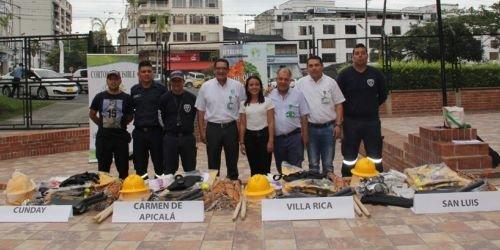 Entrega de insumos para incendios CORTOLIMA 28 DE AGOSTO