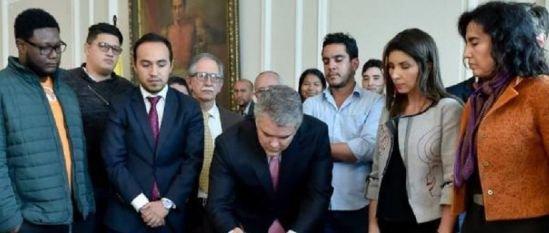 Acuerdo - Gobierno - estudiantes