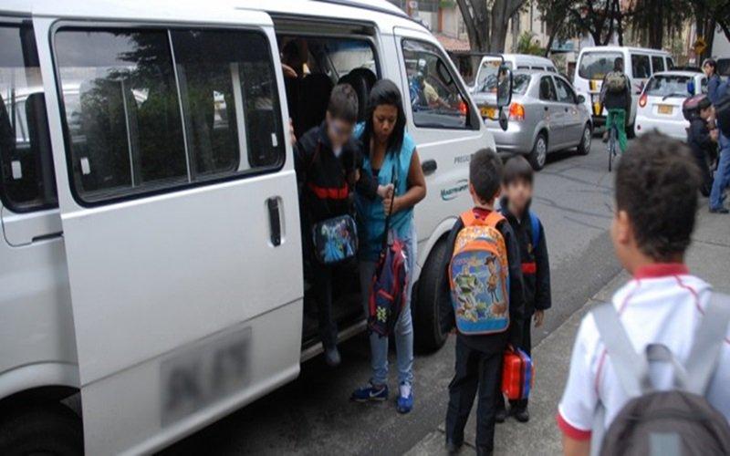 Transporte escolar HD 9 de julio