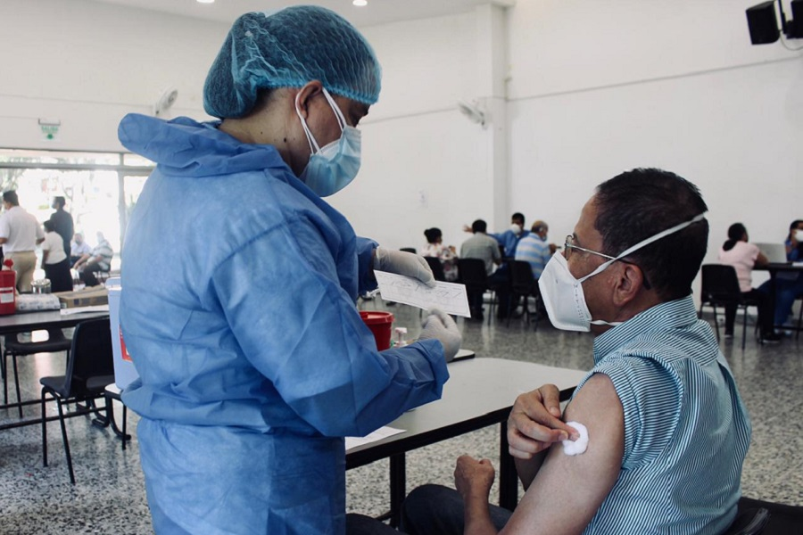 Contraloría identificó 1.241 'colados' en segunda fase de vacunación anticovid-19
