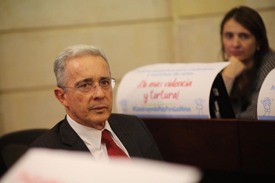 HD-Álvaro Uribe Vélez, nueva-21 de noviembre